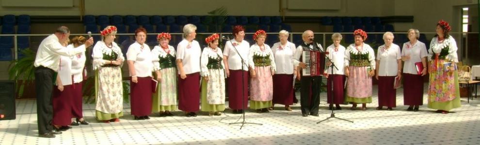 Wspólny występ  zespoły Lisowianki i Zlota Jesień.